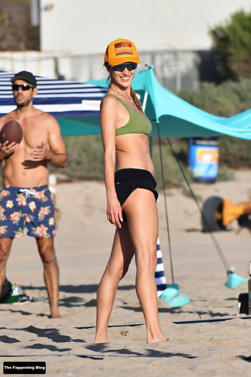 Alessandra Ambrosio on Beach 17