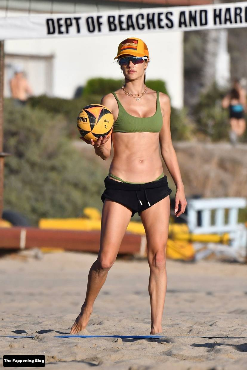 Alessandra Ambrosio on Beach 18