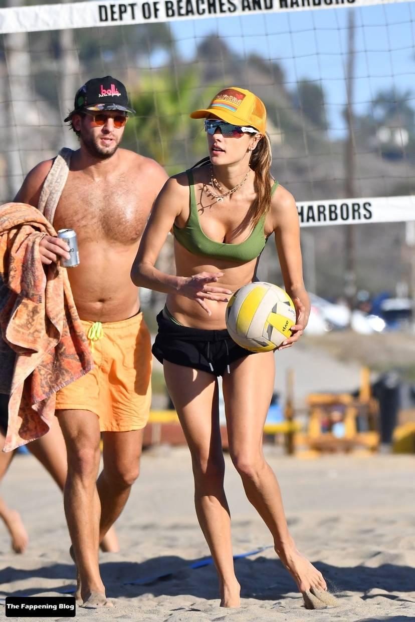 Alessandra Ambrosio on Beach 76