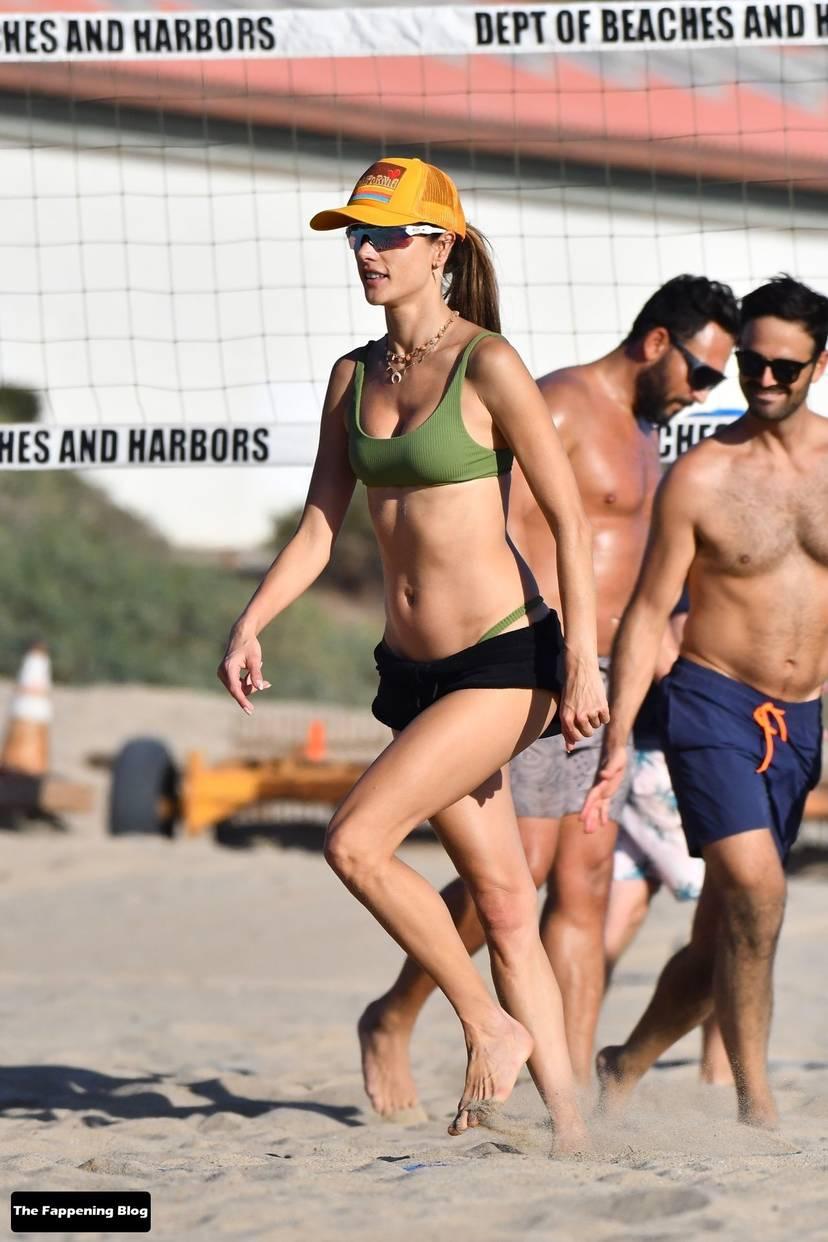 Alessandra Ambrosio on Beach 78