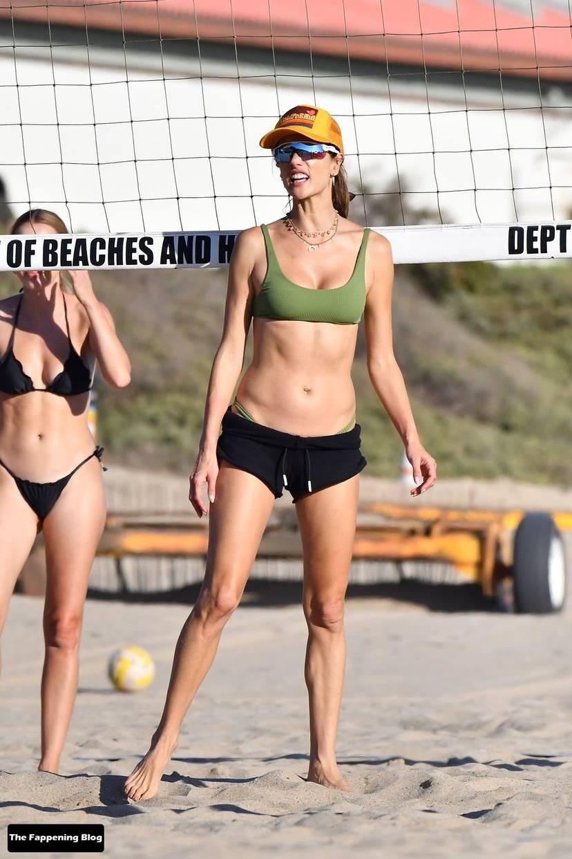 Alessandra Ambrosio on Beach 89