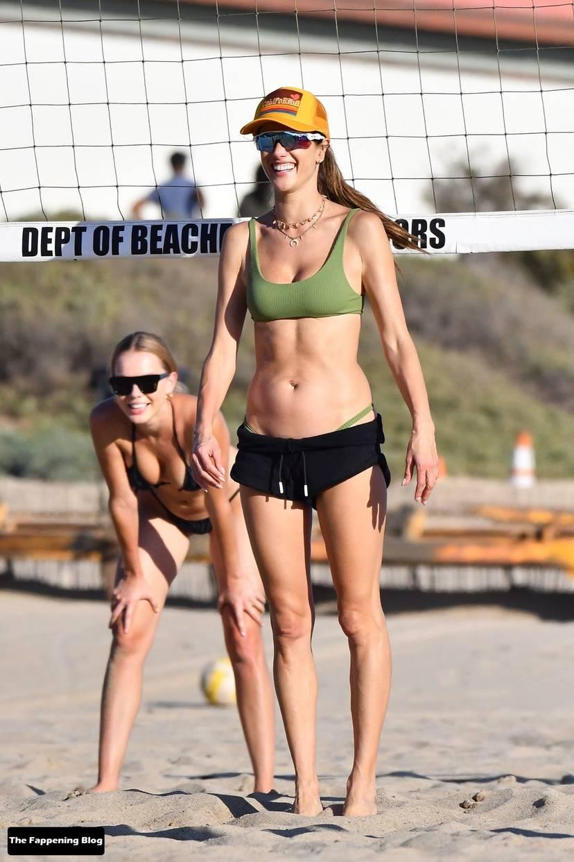 Alessandra Ambrosio on Beach 91