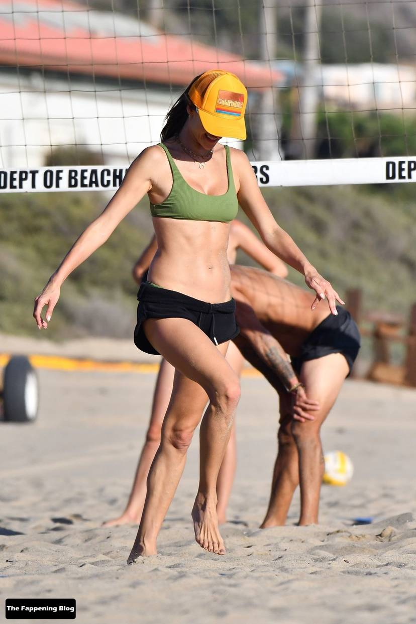 Alessandra Ambrosio on Beach 104