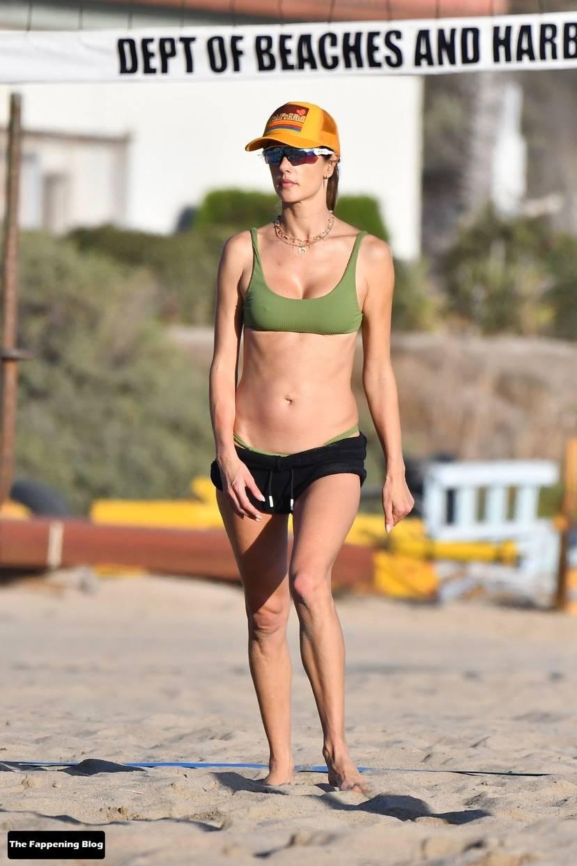 Alessandra Ambrosio on Beach 138