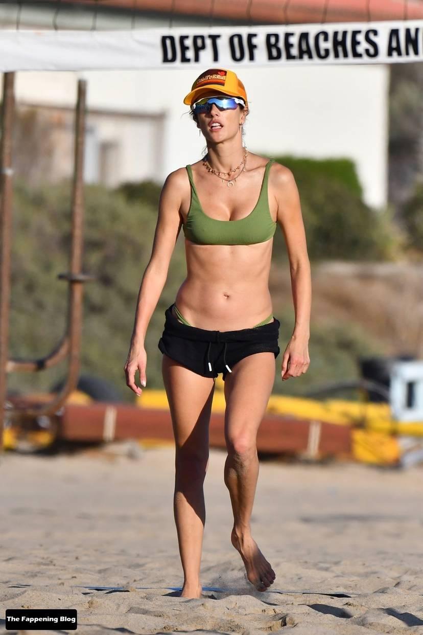 Alessandra Ambrosio on Beach 147