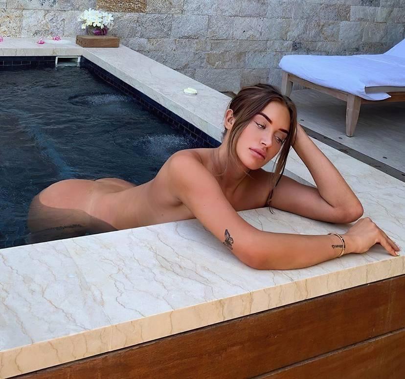 Anastasia Karanikolaou Naked Sexy 10