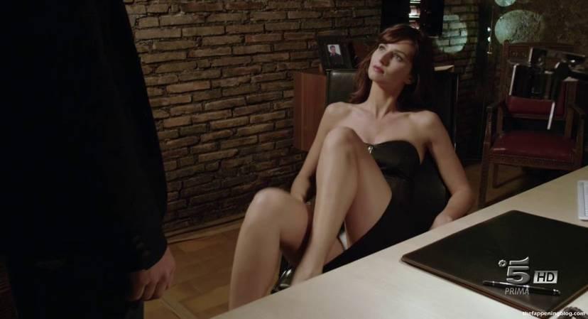 Anna Safroncik Nude Sexy 104