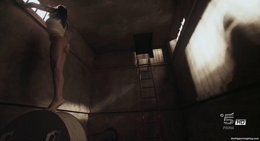 Anna Safroncik Nude Sexy 119