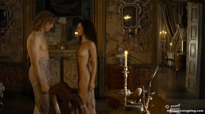Anna Safroncik Nude Sexy 134