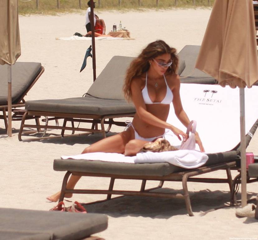 Chantel Jeffries on Beach 18