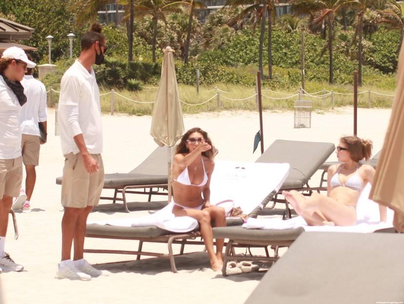 Chantel Jeffries on Beach 40