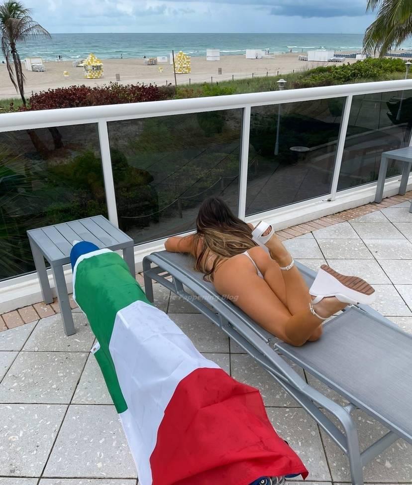 Claudia Romani Sexy 9