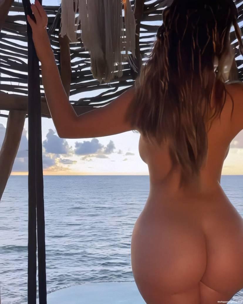 Demi Rose Naked Ass 6