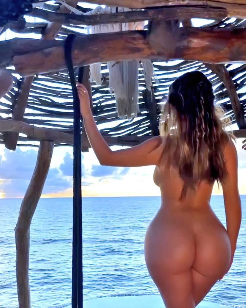 Demi Rose Nude Butt 5