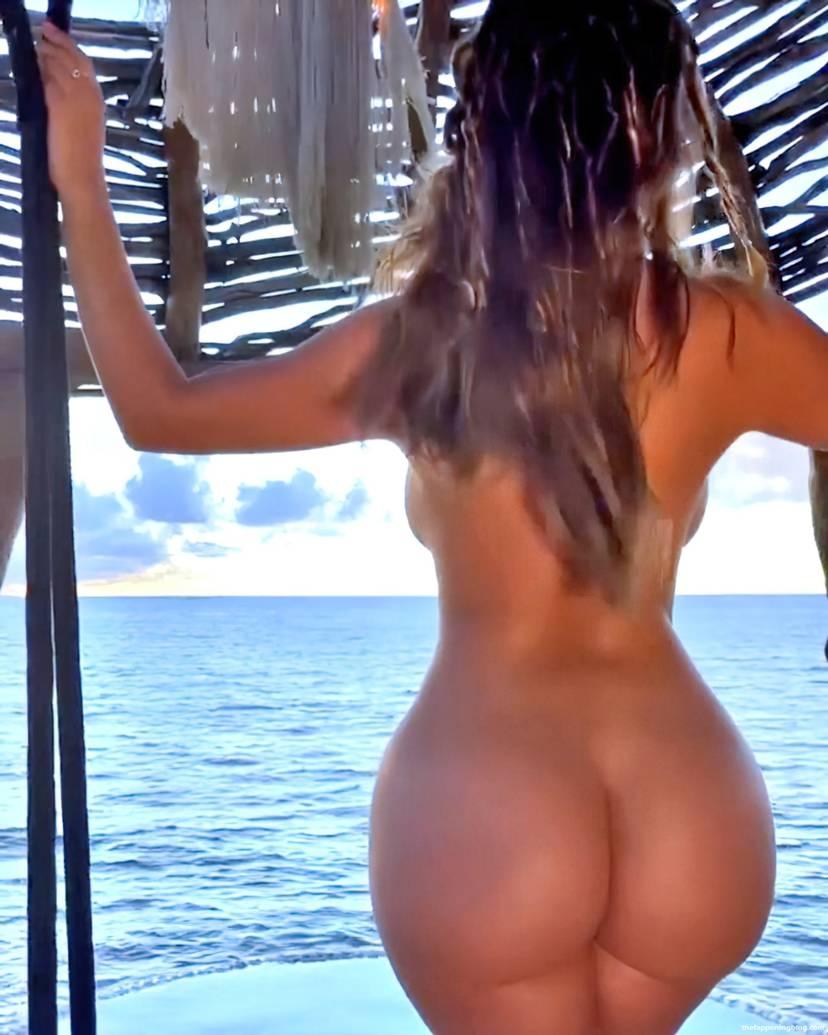 Demi Rose Nude Butt 9