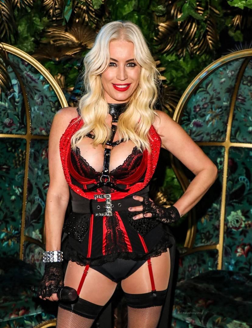 Denise Van Outen Sexy 13