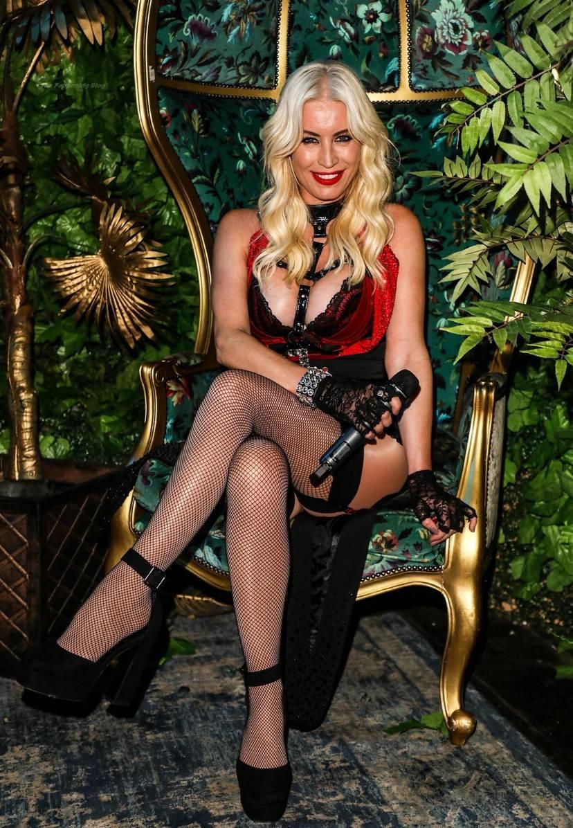 Denise Van Outen Sexy 22