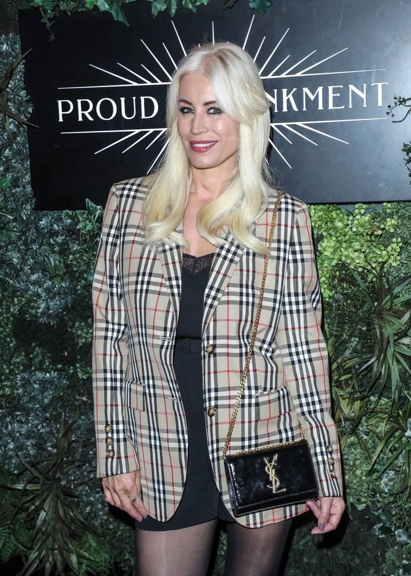 Denise Van Outen Sexy 32