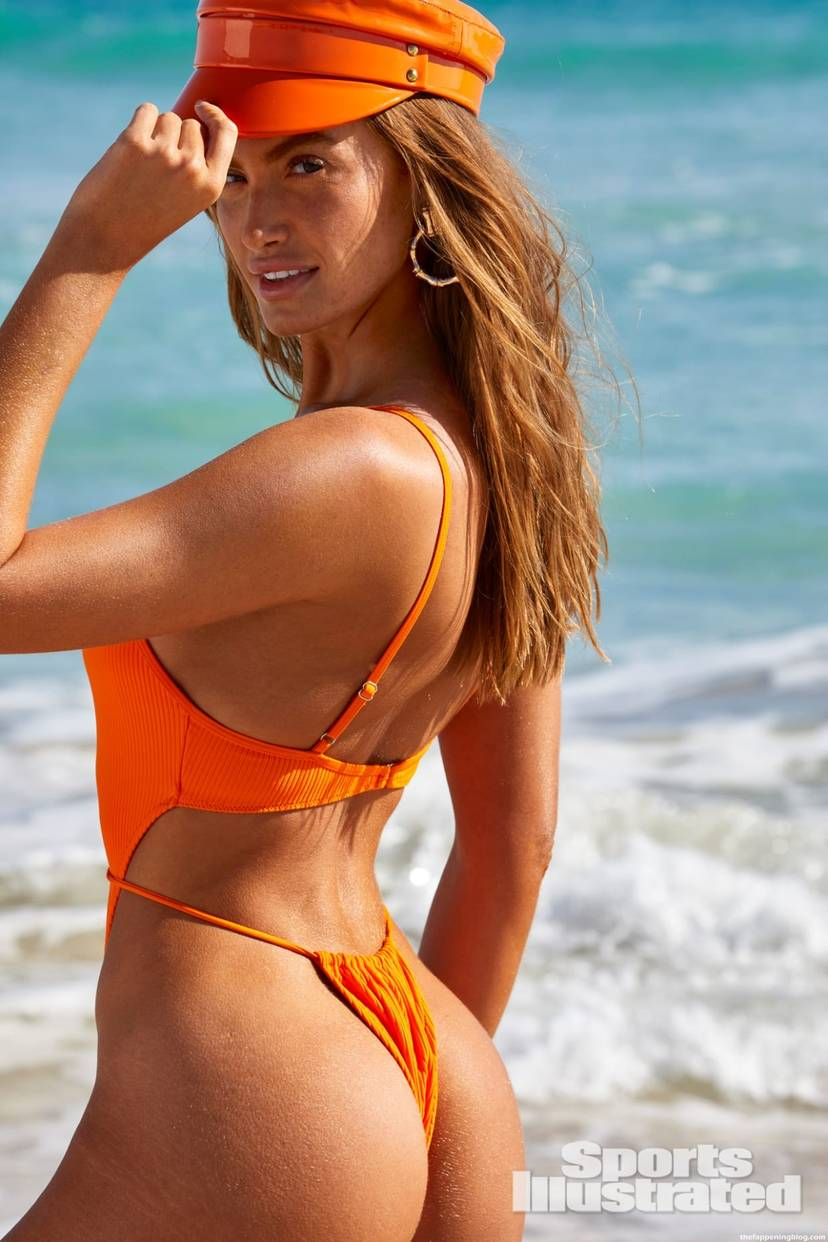 Haley Kalil Sexy Swimsuit 16