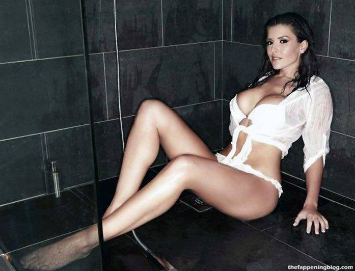 Imogen Thomas Nude Sexy Leaked 106