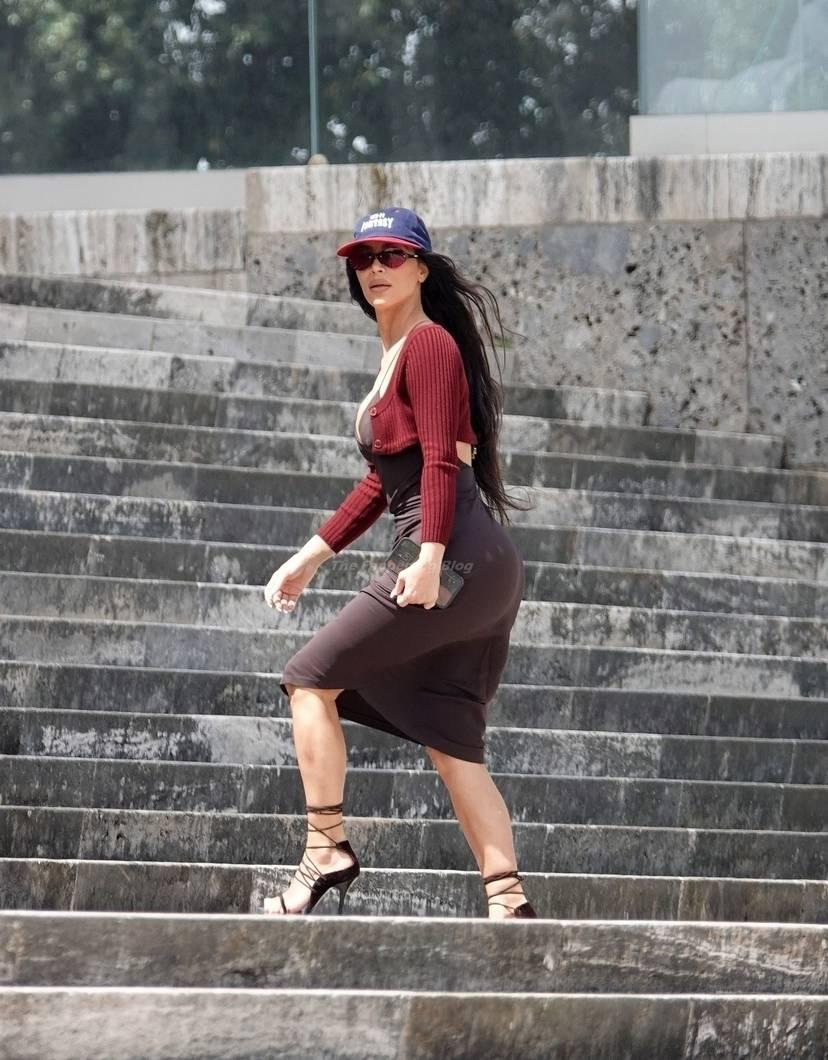 Kim Kardashian Sexy 21