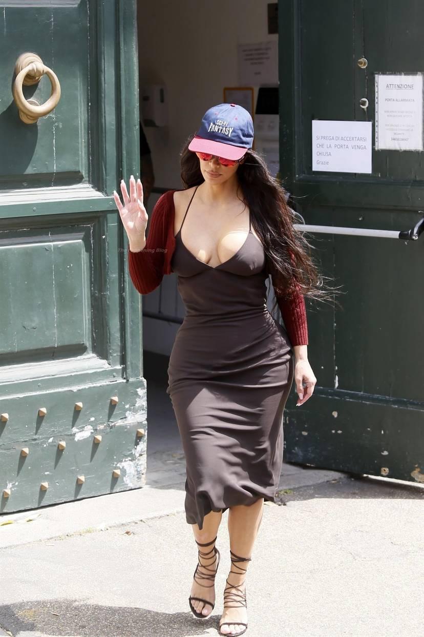 Kim Kardashian Sexy 85