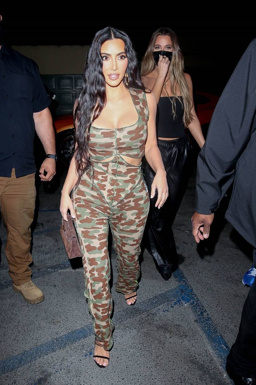 Kim Kardashian Sexy 12
