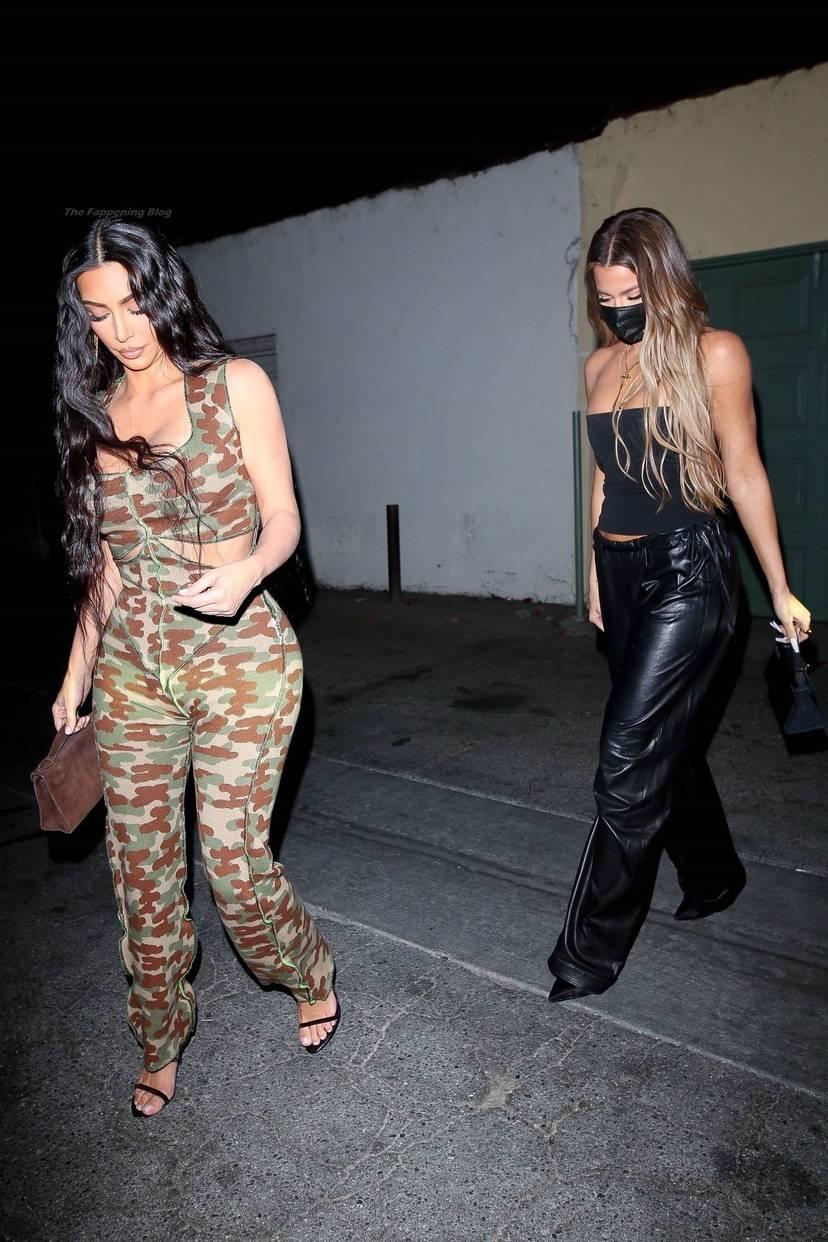 Kim Kardashian Sexy 20