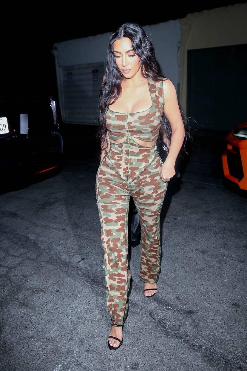 Kim Kardashian Sexy 22