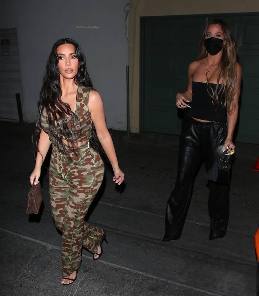 Kim Kardashian Sexy 32