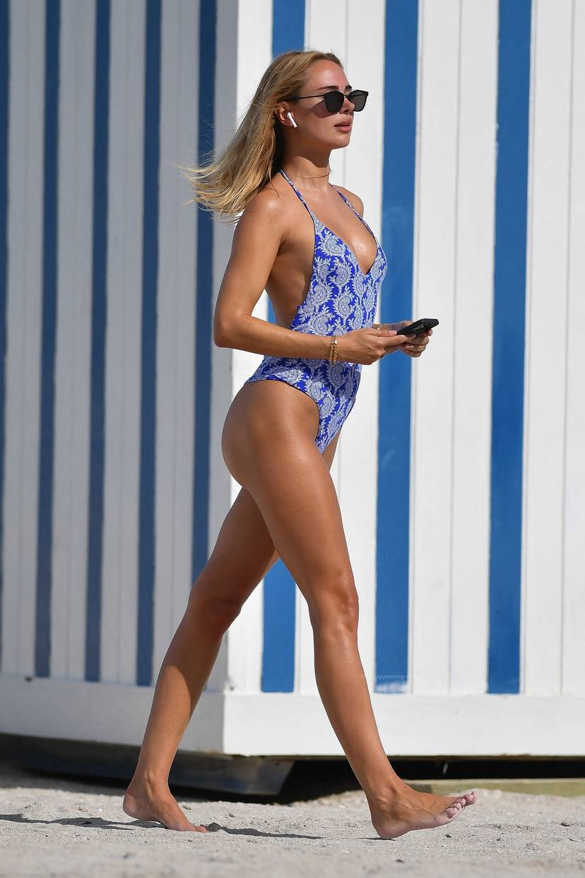 Kimberley Garner on Beach Swimsuit 9