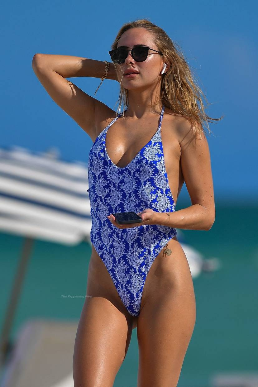 Kimberley Garner on Beach Swimsuit 13