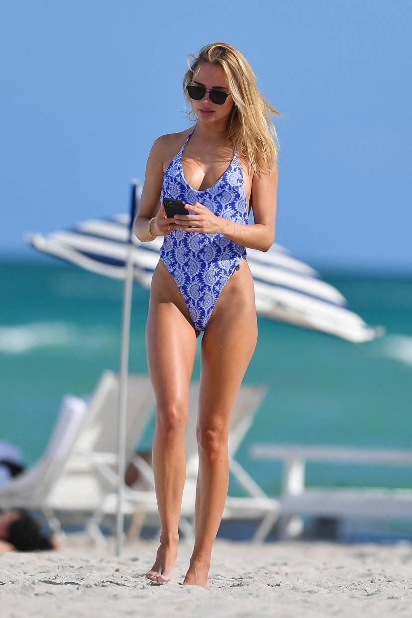 Kimberley Garner on Beach Swimsuit 21