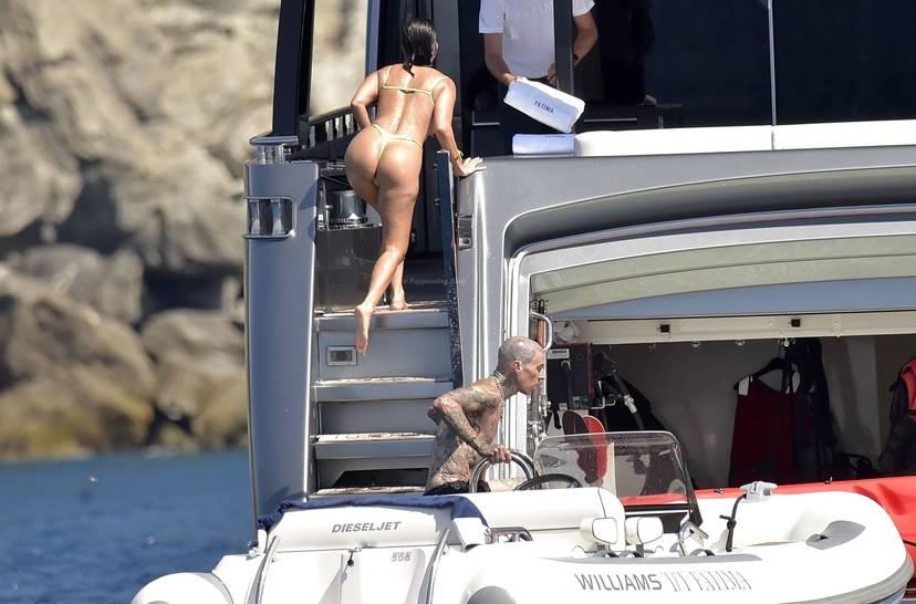 Kourtney Kardashian Butt 35