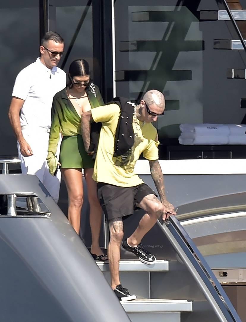 Kourtney Kardashian Butt 45