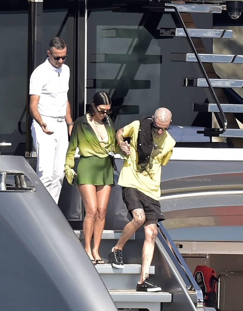 Kourtney Kardashian Butt 46