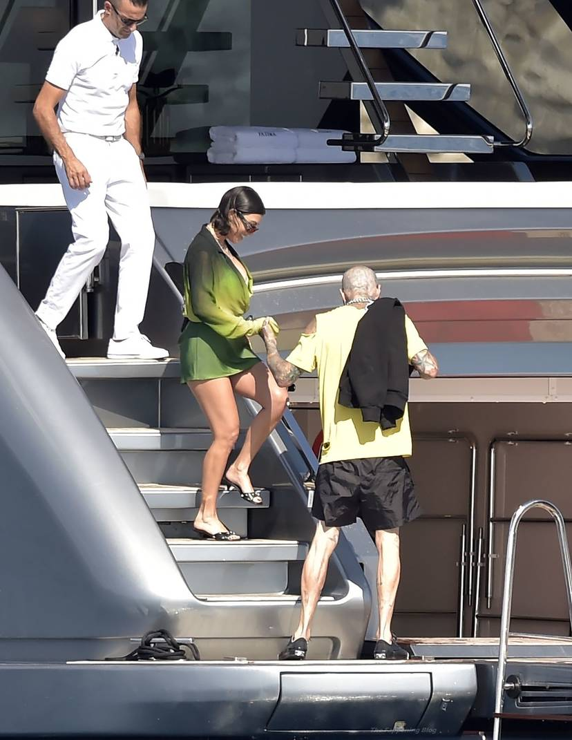 Kourtney Kardashian Butt 47