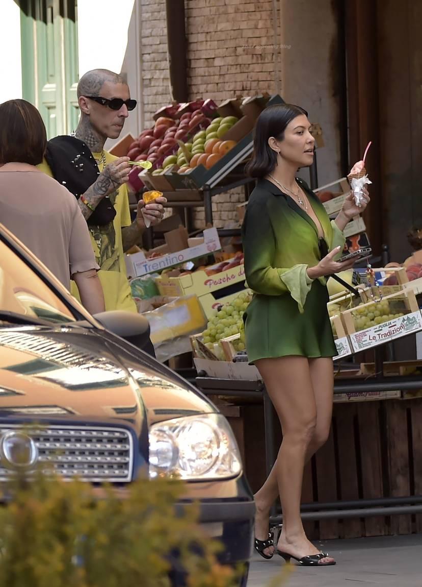 Kourtney Kardashian Butt 54
