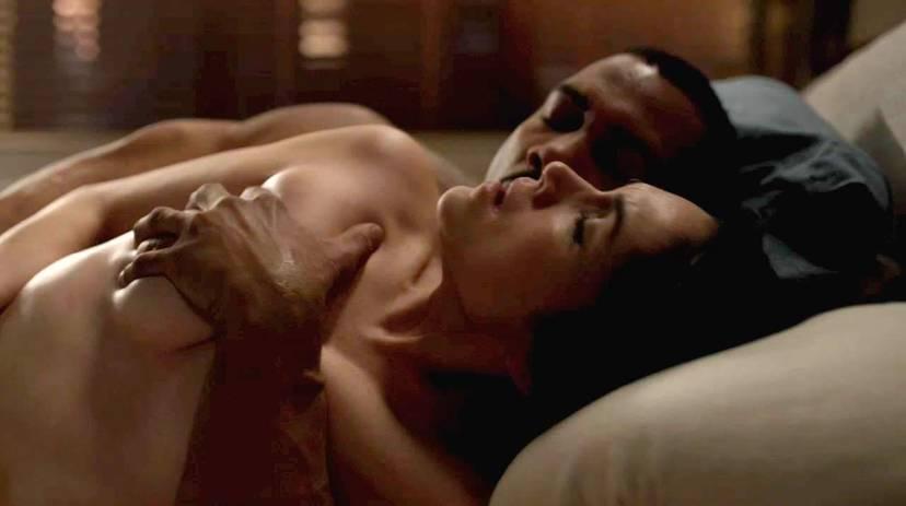 Lela Loren Naked Sexy Topless 18