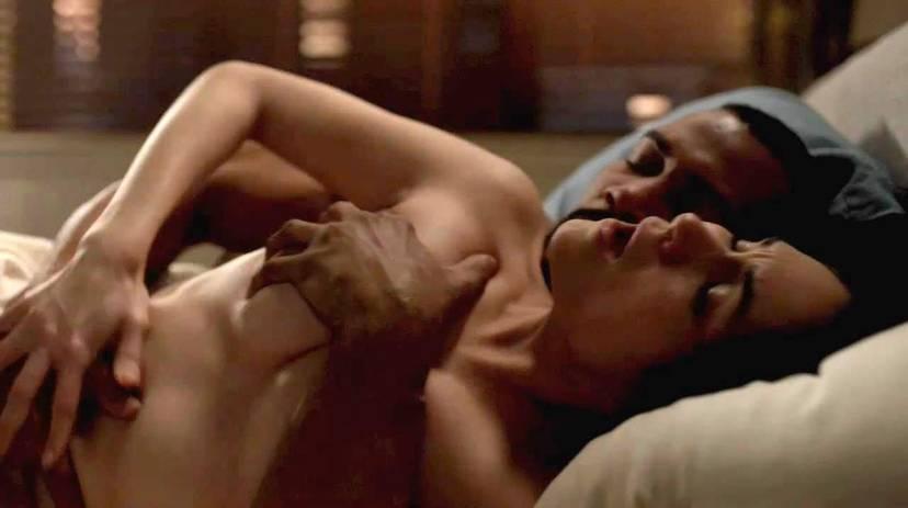 Lela Loren Naked Sexy Topless 19
