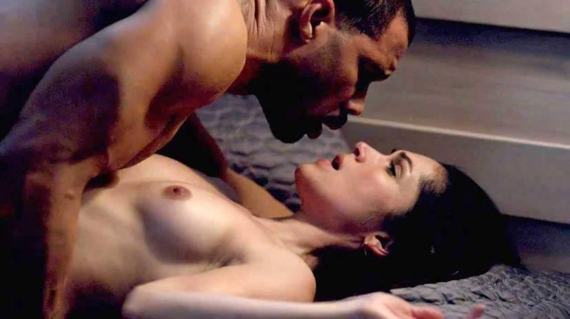 Lela Loren Naked Sexy Topless 22