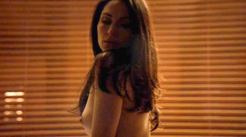 Lela Loren Naked Sexy Topless 30