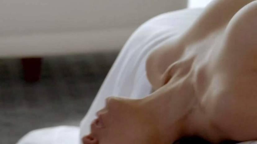 Lela Loren Naked Sexy Topless 36