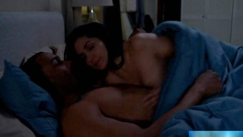 Lela Loren Naked Sexy Topless 40