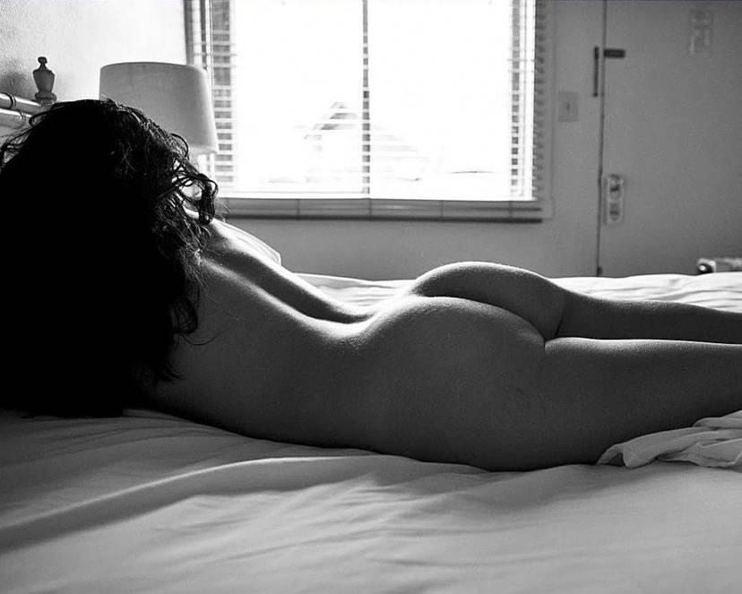 Lela Loren Naked Sexy Topless 74
