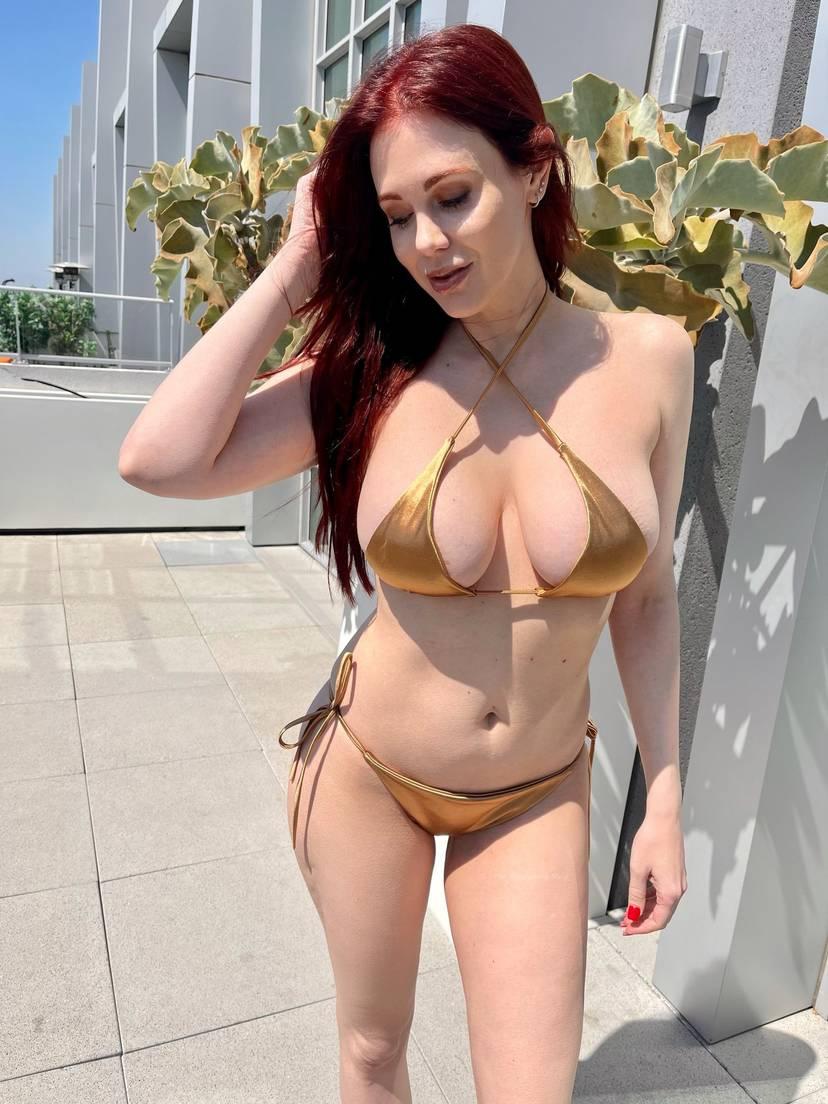 Maitland Ward Bikini Tits 1
