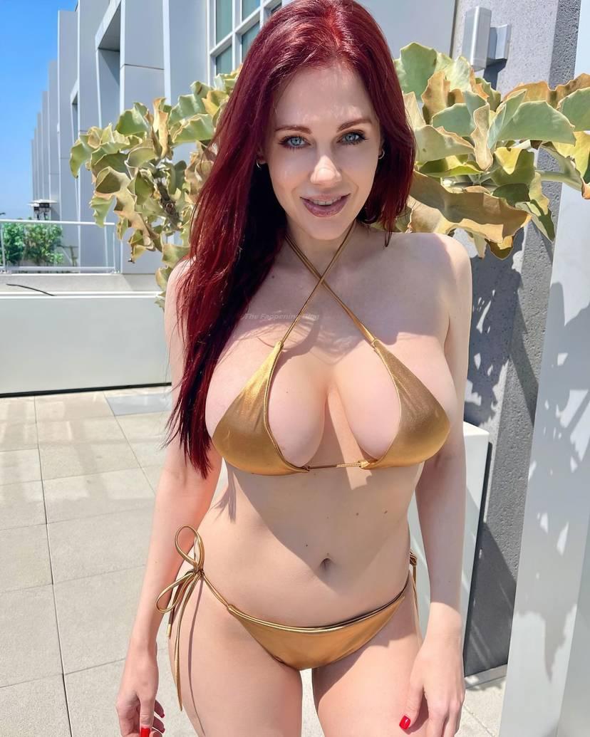 Maitland Ward Bikini Tits 8