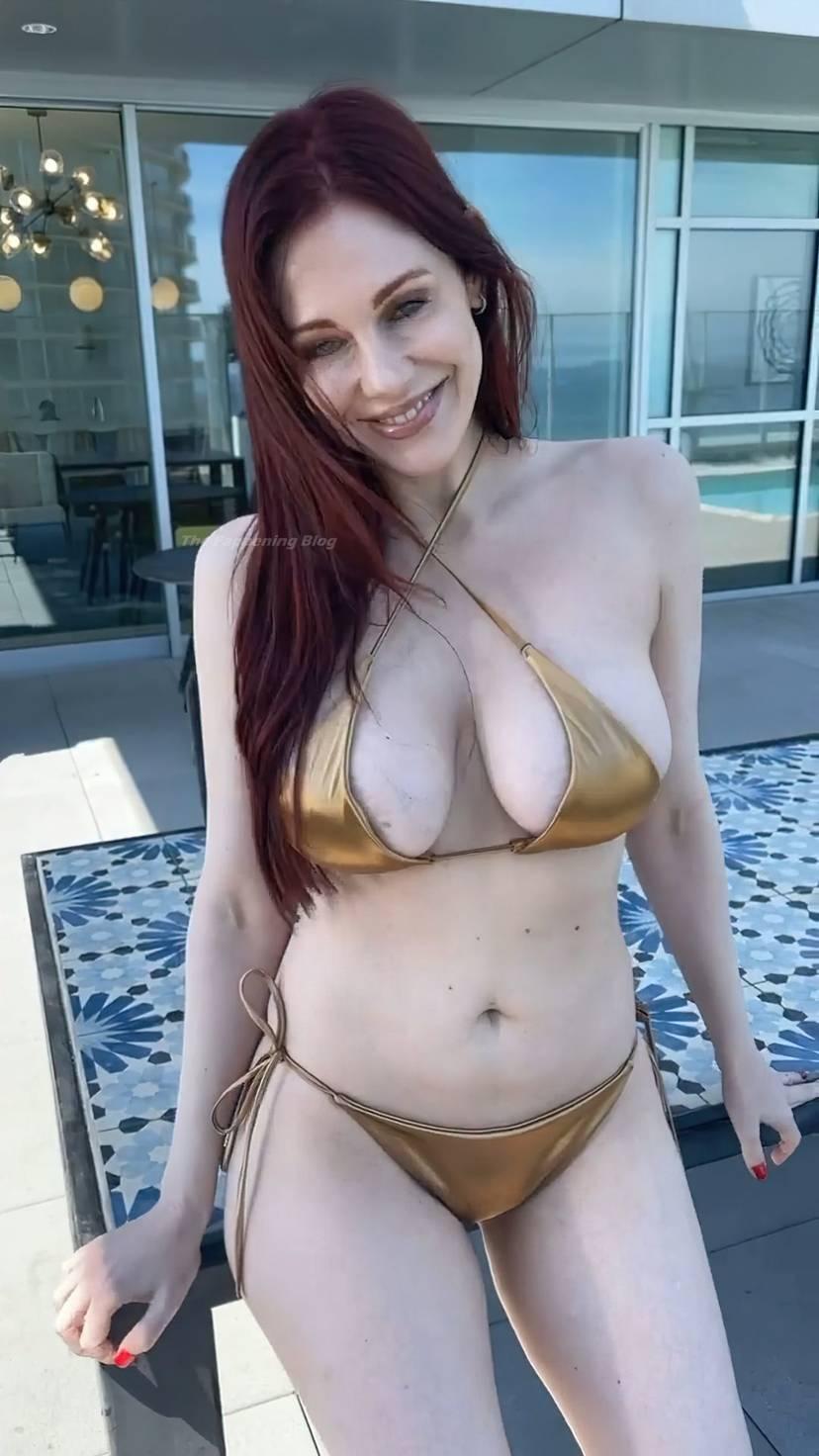 Maitland Ward Bikini Tits 10