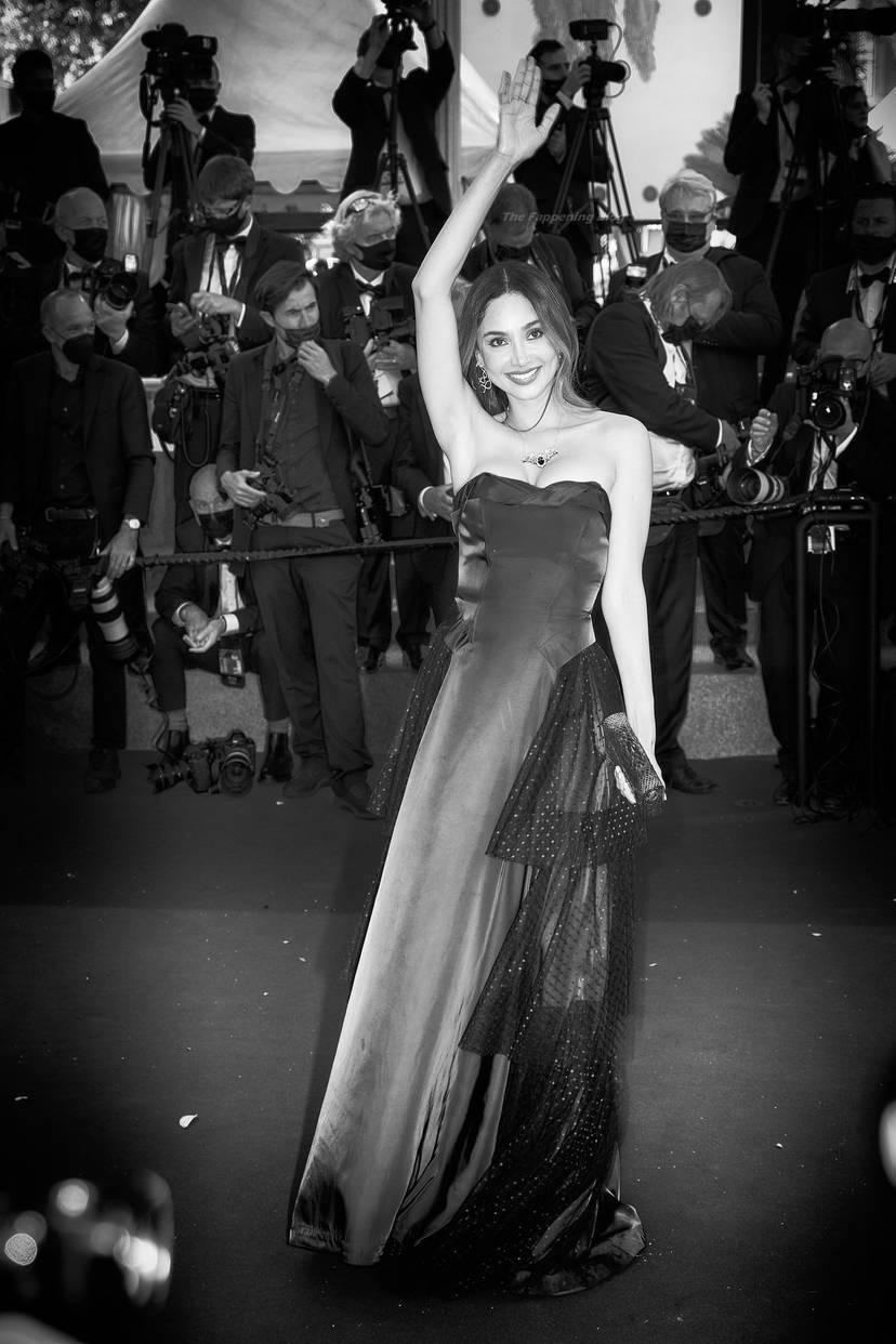 Patricia Gloria Contreras Cleavage 48