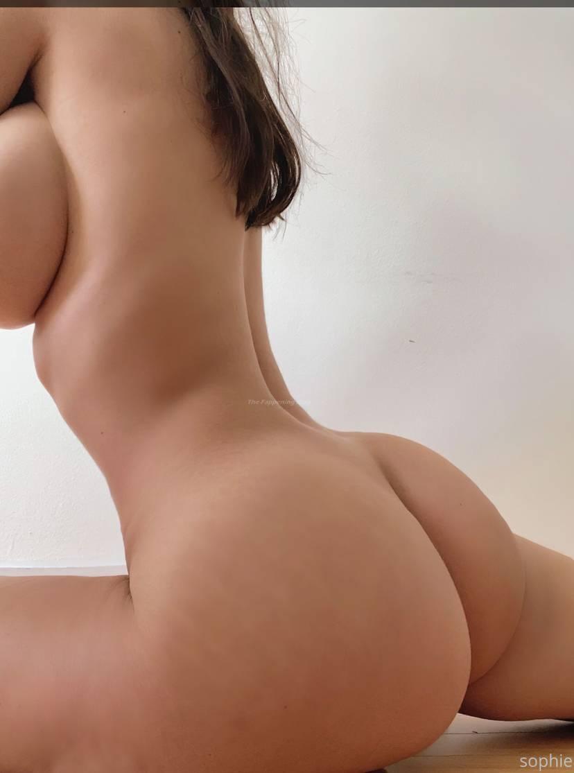 Nude pauline Pauline Pics